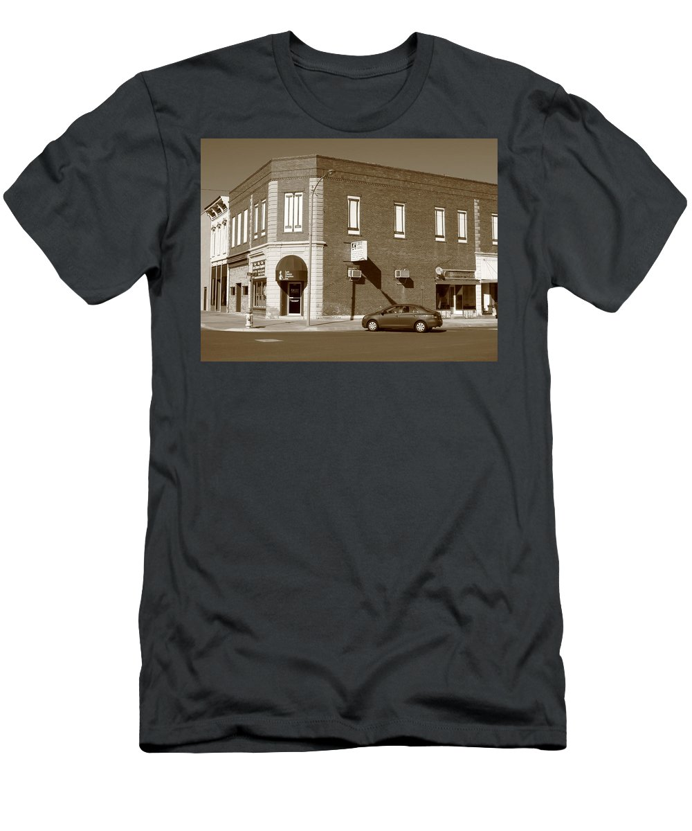 Abilene Men's T-Shirt (Athletic Fit) featuring the photograph Abilene Kansas - 2nd And Broadway by Frank Romeo