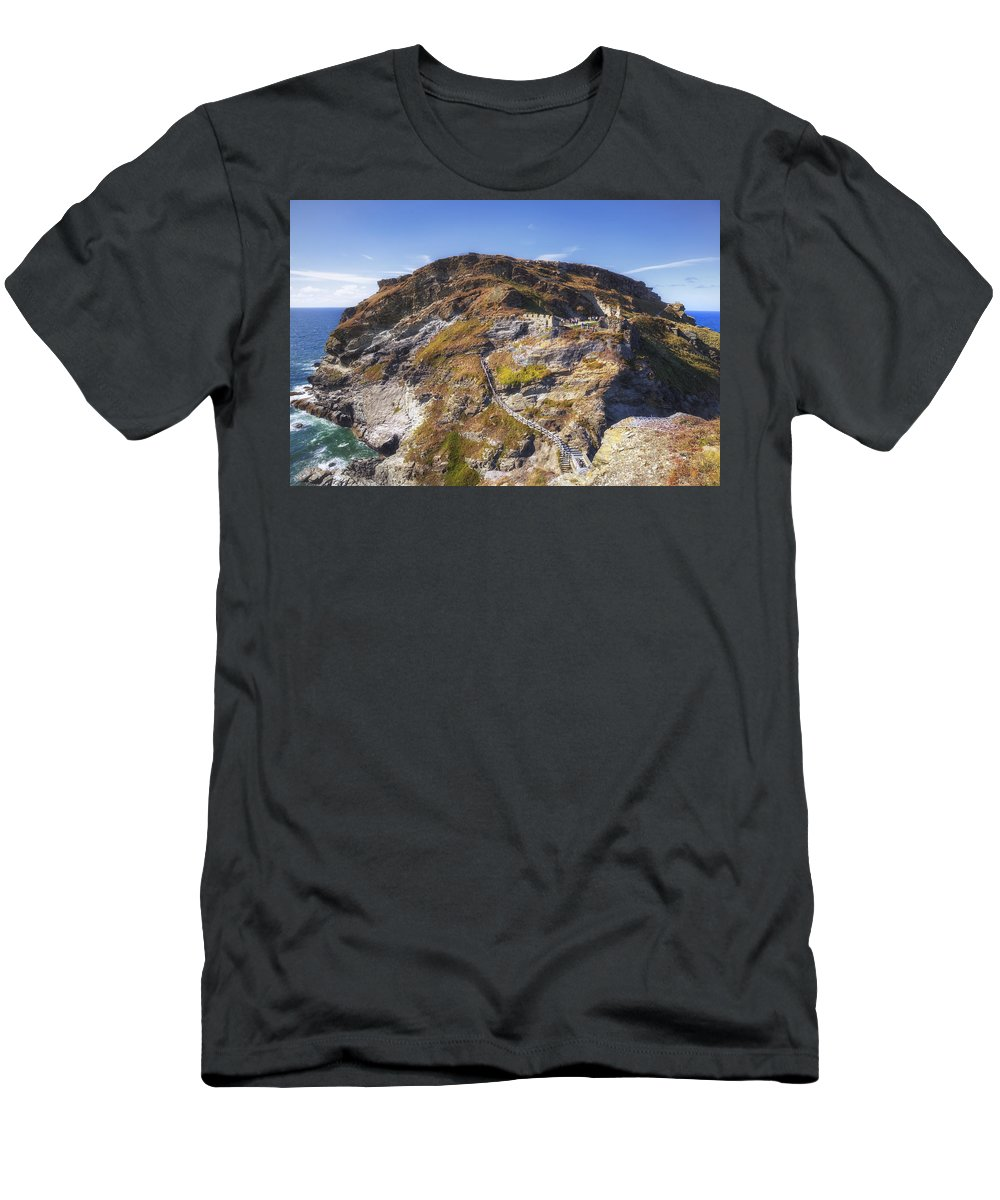 Cornwall Men's T-Shirt (Athletic Fit) featuring the photograph Cornwall - Tintagel by Joana Kruse