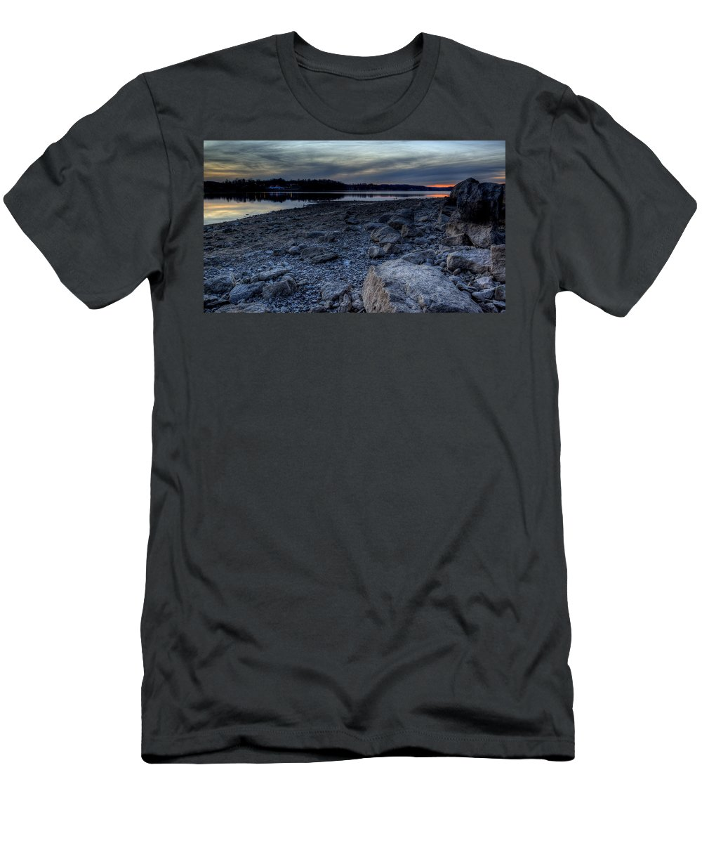 Sunset Men's T-Shirt (Athletic Fit) featuring the photograph Winter Sunset On The Lake by David Dufresne