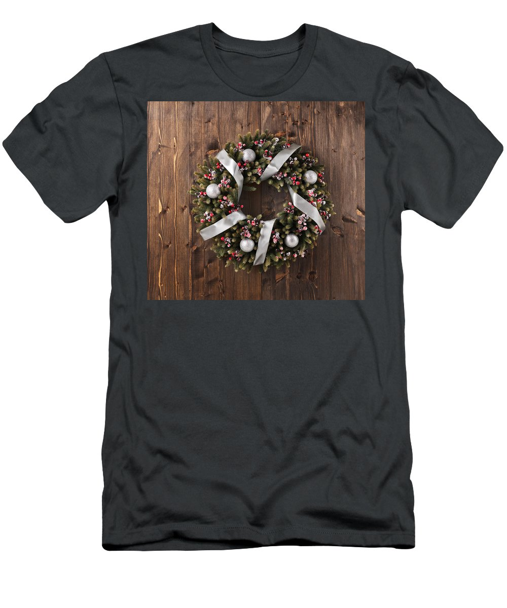 Red Men's T-Shirt (Athletic Fit) featuring the photograph Advent Christmas Wreath Decoration by U Schade