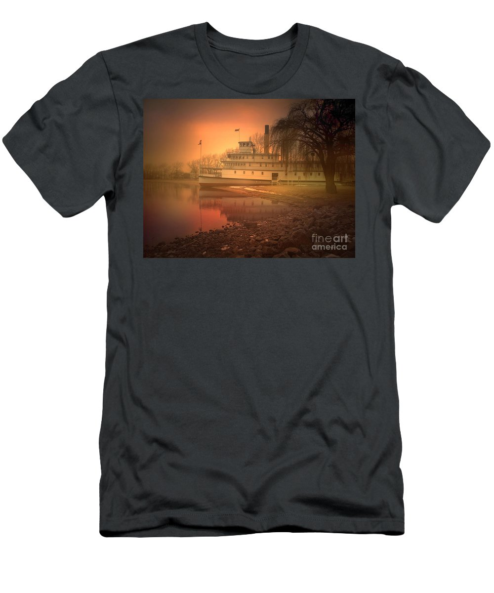 Ss Sicamous Men's T-Shirt (Athletic Fit) featuring the photograph A Foggy Sunrise by Tara Turner