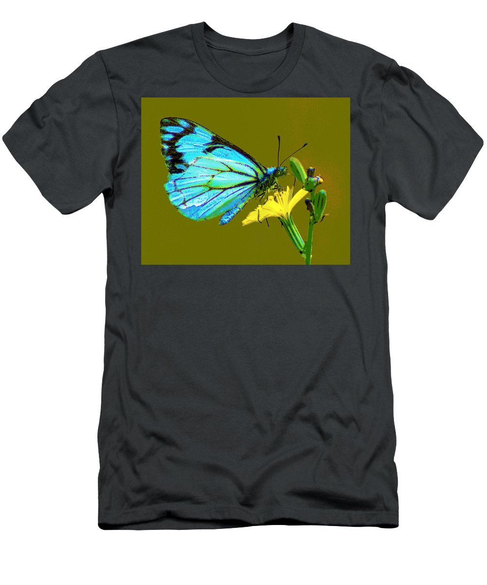 Butterfly Men's T-Shirt (Athletic Fit) featuring the photograph A Moment In Time by Ben Upham III