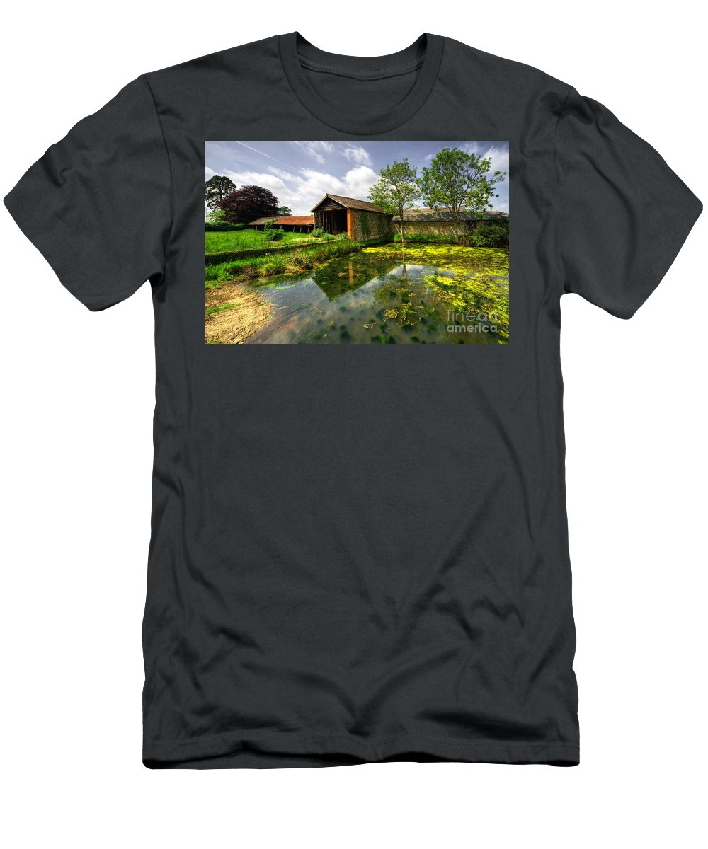 Suffolk Barn Men's T-Shirt (Athletic Fit) featuring the photograph a Suffolk Barn by Rob Hawkins