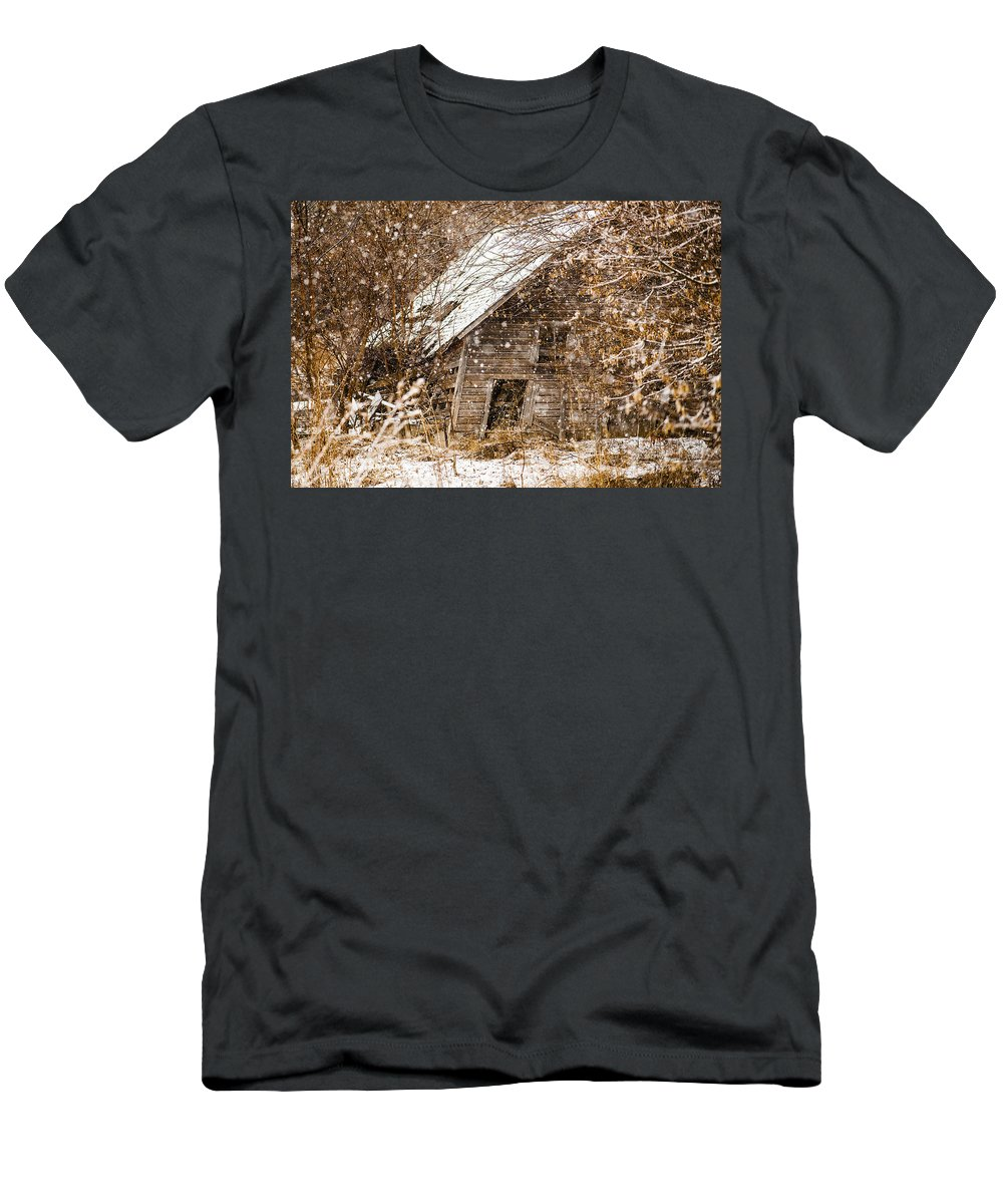 Barns Men's T-Shirt (Athletic Fit) featuring the photograph A Winter Shed by Edward Peterson
