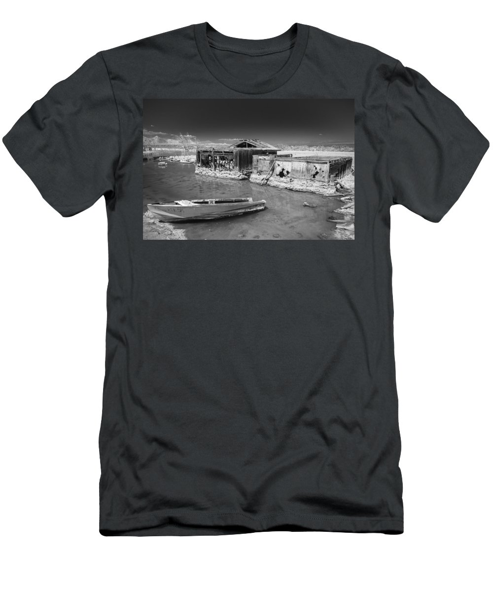 Abandoned Men's T-Shirt (Athletic Fit) featuring the photograph All Aboard Black And White by Scott Campbell