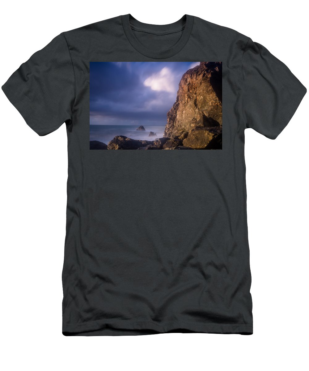 Seascape Men's T-Shirt (Athletic Fit) featuring the photograph Alpenglow On Wedding Rock by Greg Nyquist