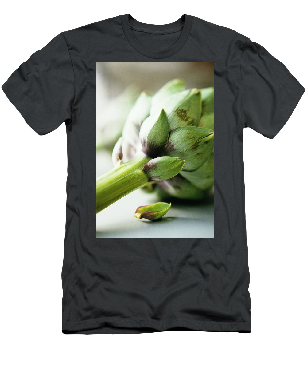 Fruits Men's T-Shirt (Athletic Fit) featuring the photograph An Artichoke by Romulo Yanes