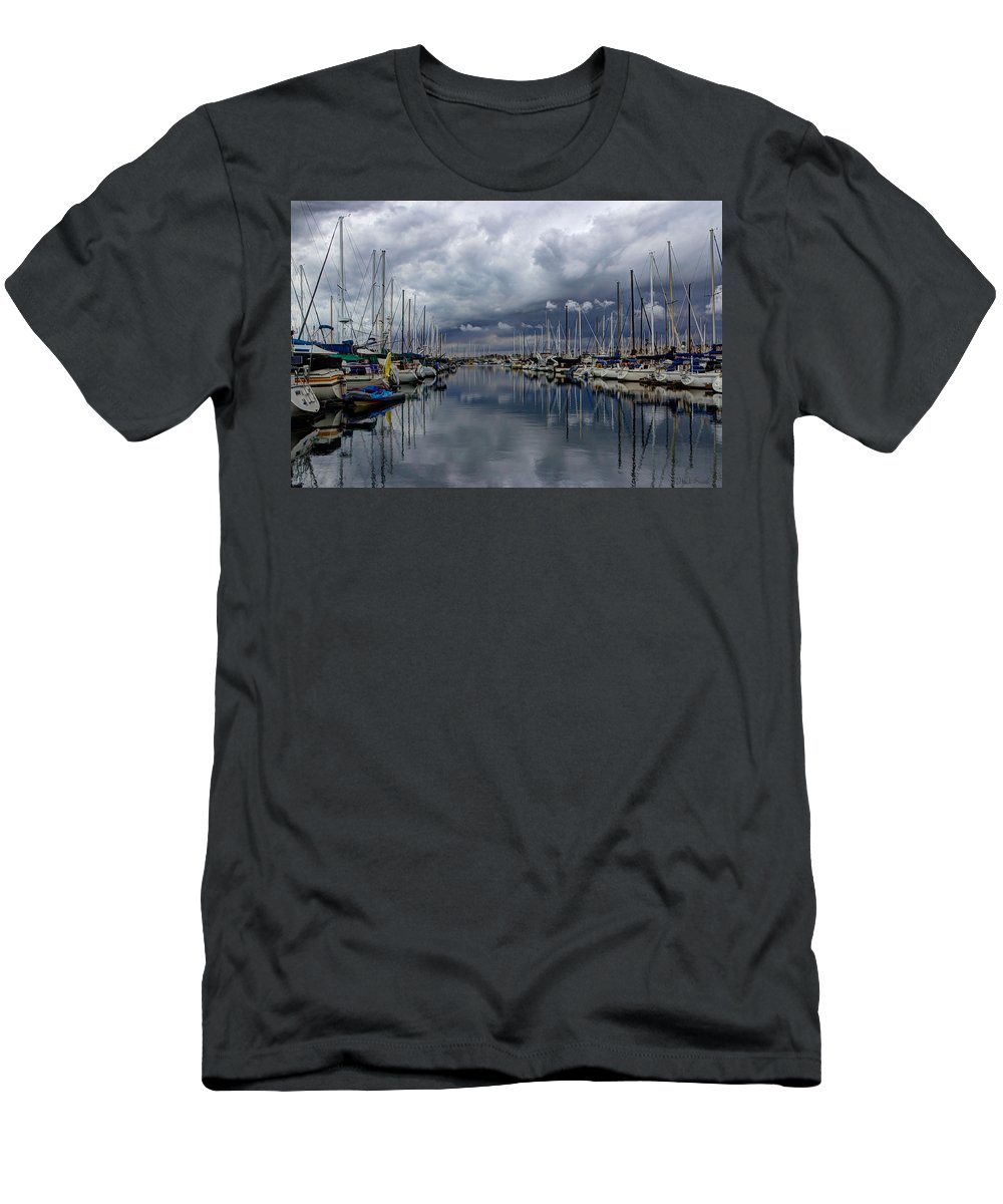 Dock Men's T-Shirt (Athletic Fit) featuring the photograph Anticipating Rain by Heidi Smith