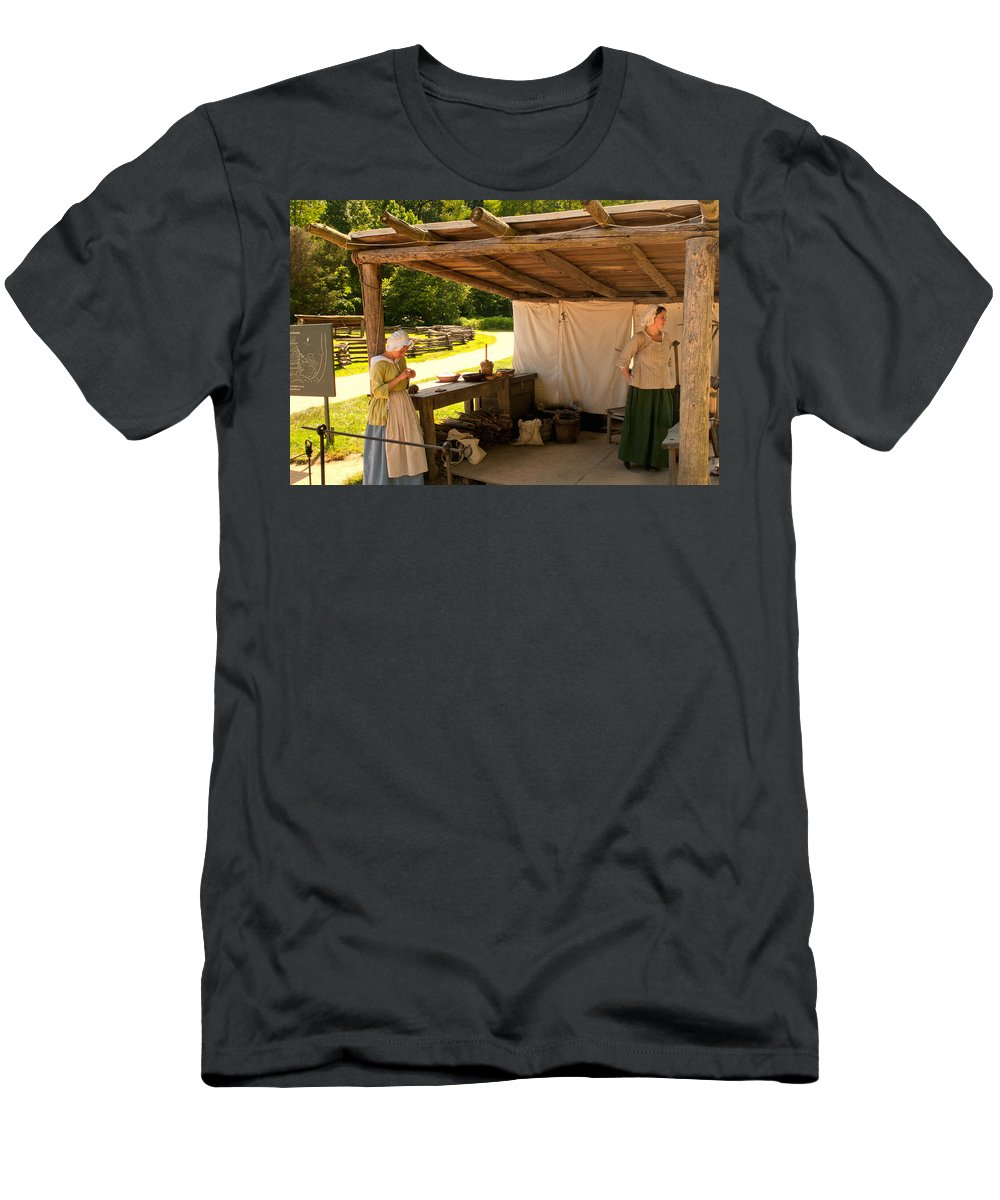 mount Vernon Men's T-Shirt (Athletic Fit) featuring the photograph Back In Time by Paul Mangold