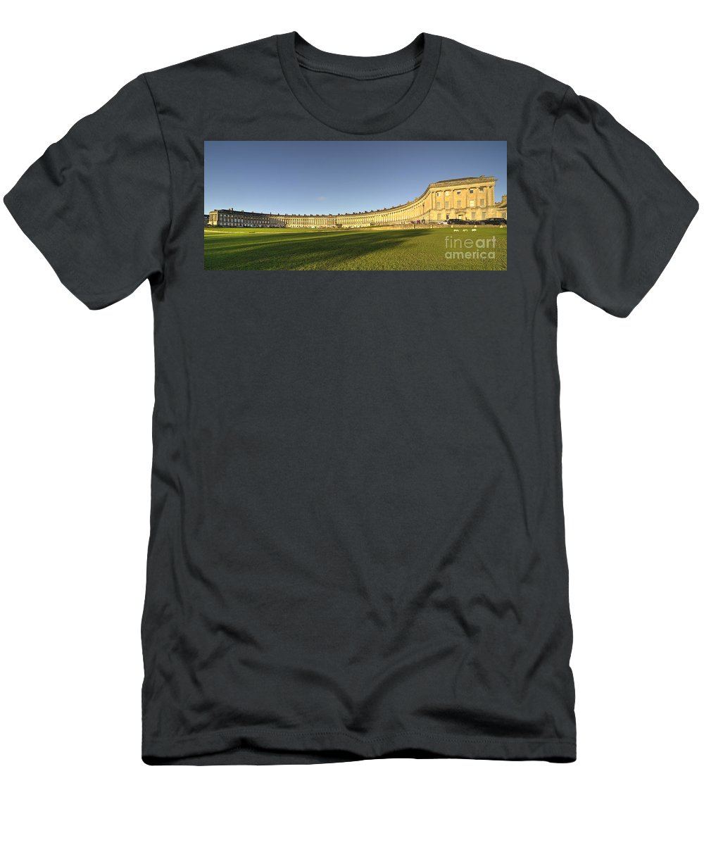Royal Men's T-Shirt (Athletic Fit) featuring the photograph Bath Royal Crescent by Rob Hawkins