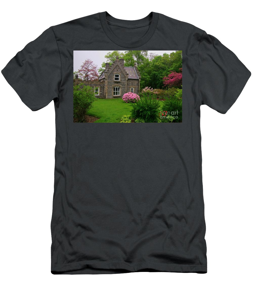 Beautiful Setting Men's T-Shirt (Athletic Fit) featuring the photograph Beautiful Setting by John Malone