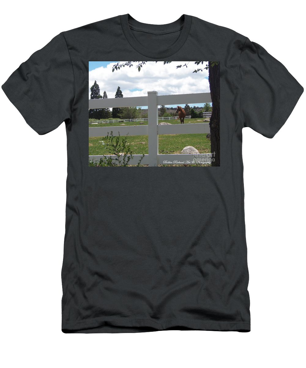 Beauty Men's T-Shirt (Athletic Fit) featuring the photograph Beauty by Bobbee Rickard