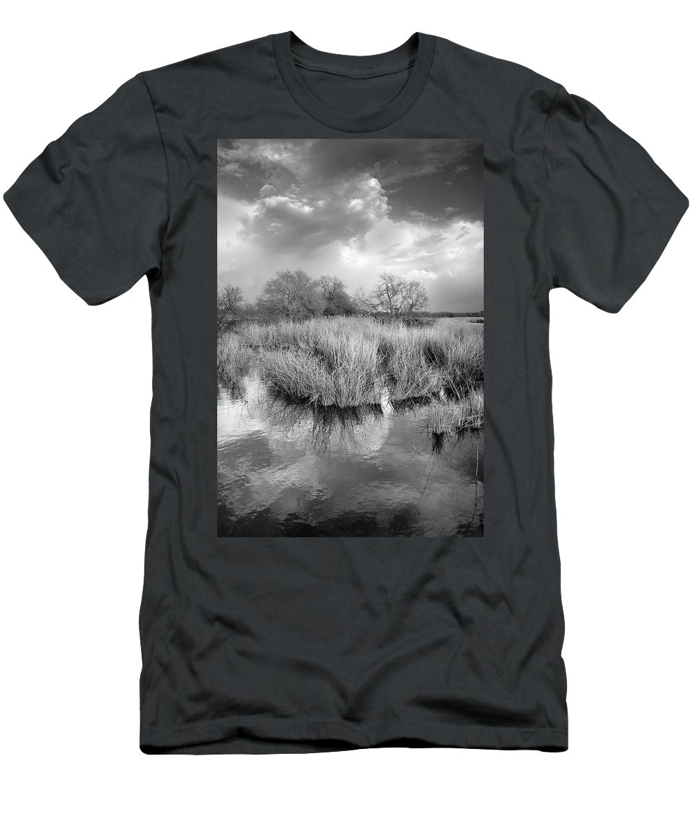 Monocronme Men's T-Shirt (Athletic Fit) featuring the photograph Before The Big Storm Mono by Guido Montanes Castillo