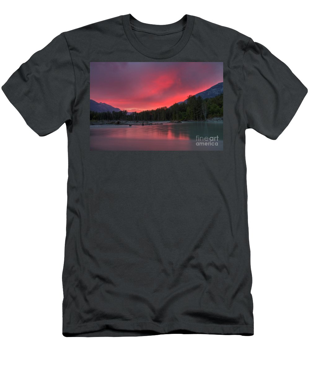 Bella Coola Valley Men's T-Shirt (Athletic Fit) featuring the photograph Bella Pink by James Anderson