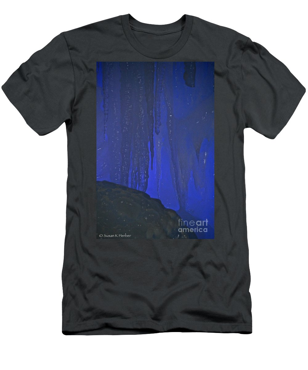 Ice Men's T-Shirt (Athletic Fit) featuring the photograph Blue Drip by Susan Herber