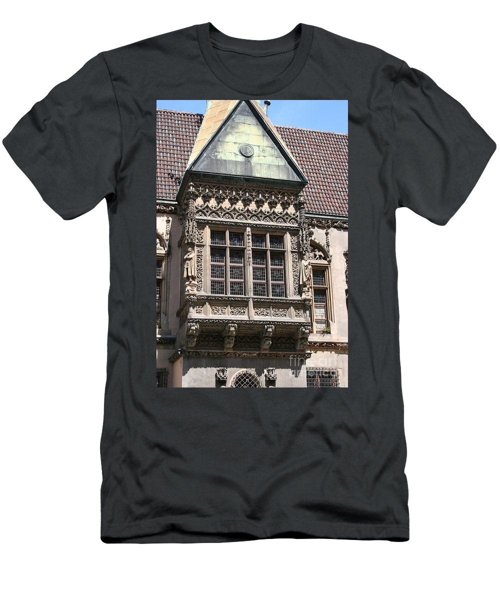 Bowfront Men's T-Shirt (Athletic Fit) featuring the photograph Bowfront City Hall Wroclaw by Christiane Schulze Art And Photography