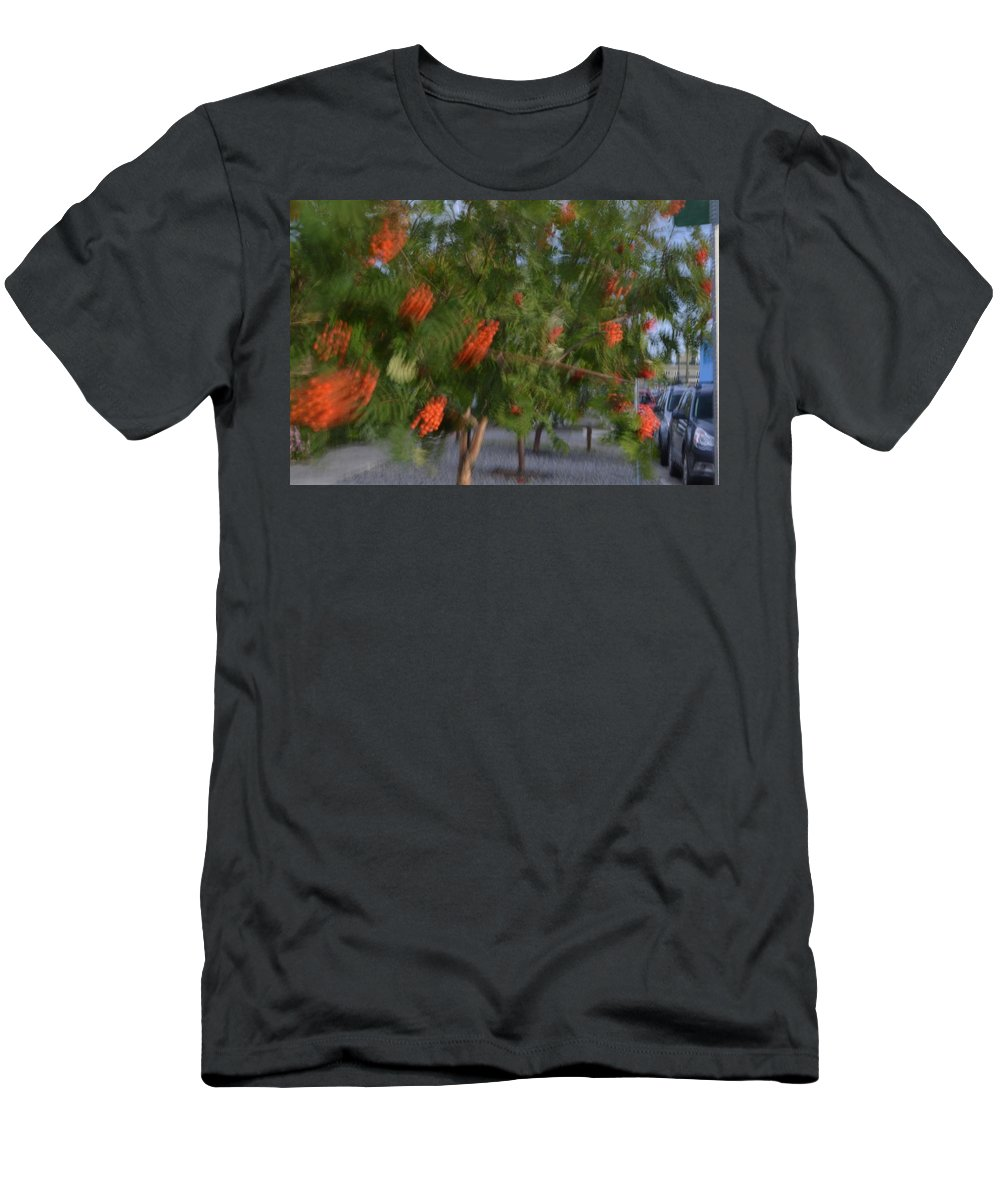 Wind Men's T-Shirt (Athletic Fit) featuring the photograph Catch The Wind by Brian Boyle