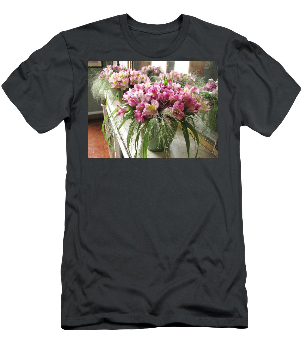Flowers Men's T-Shirt (Athletic Fit) featuring the photograph Chateau De Chenonceau Flowers On Mantle by Randi Kuhne