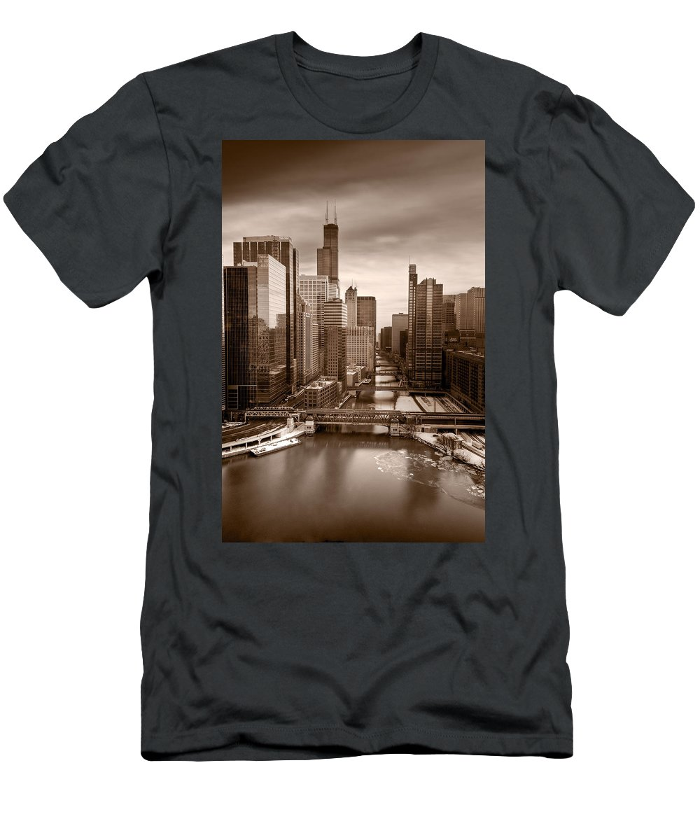 Train Men's T-Shirt (Athletic Fit) featuring the photograph Chicago City View Afternoon B And W by Steve Gadomski