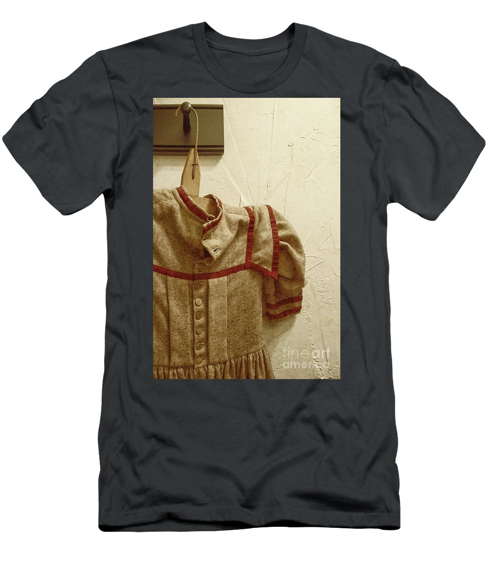Aged Men's T-Shirt (Athletic Fit) featuring the photograph Child's Wardrobe by Margie Hurwich