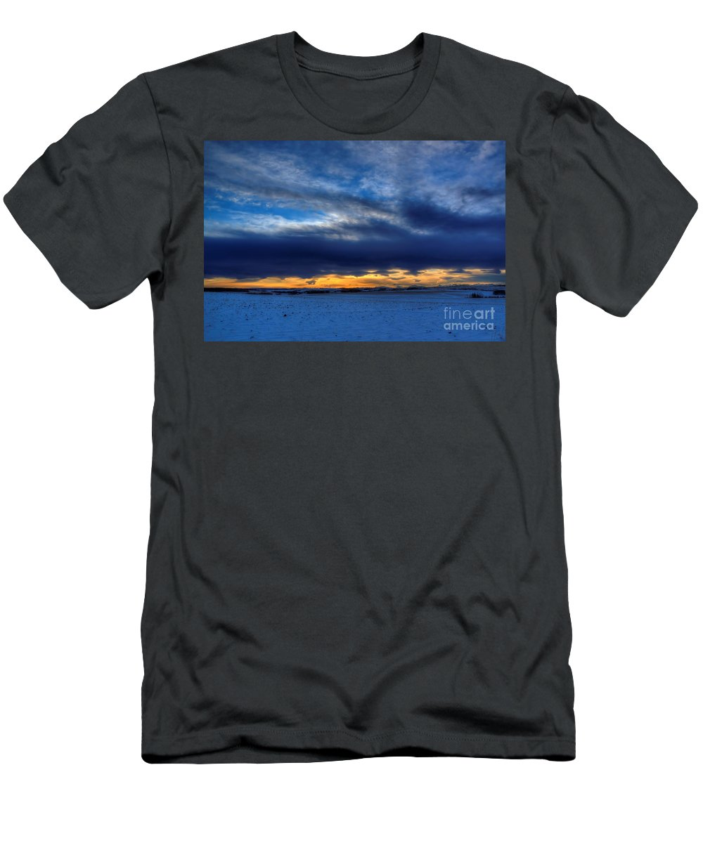 Sunrise Men's T-Shirt (Athletic Fit) featuring the photograph Chinook And The Prairie Bear by James Anderson