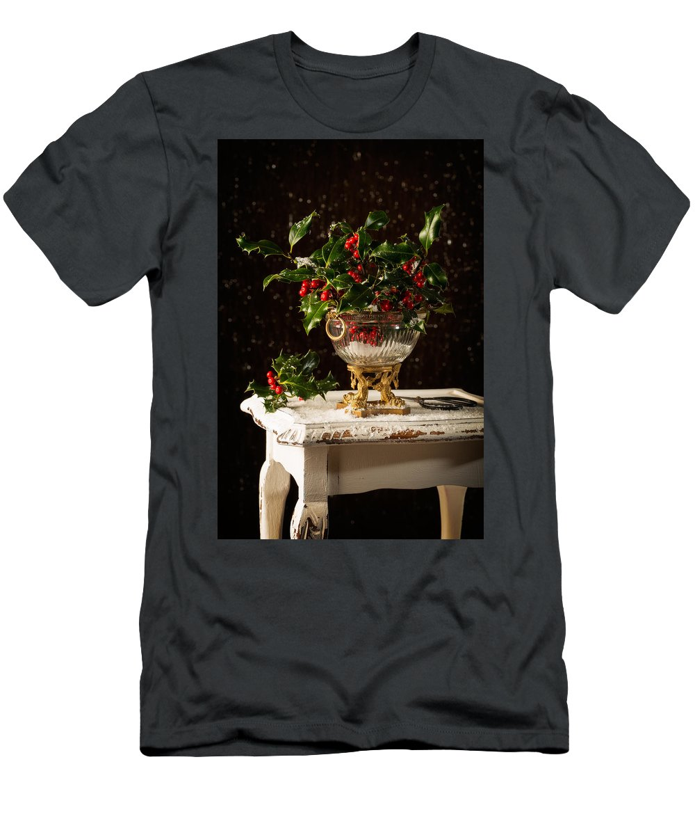 Holly Men's T-Shirt (Athletic Fit) featuring the photograph Christmas Holly by Amanda Elwell