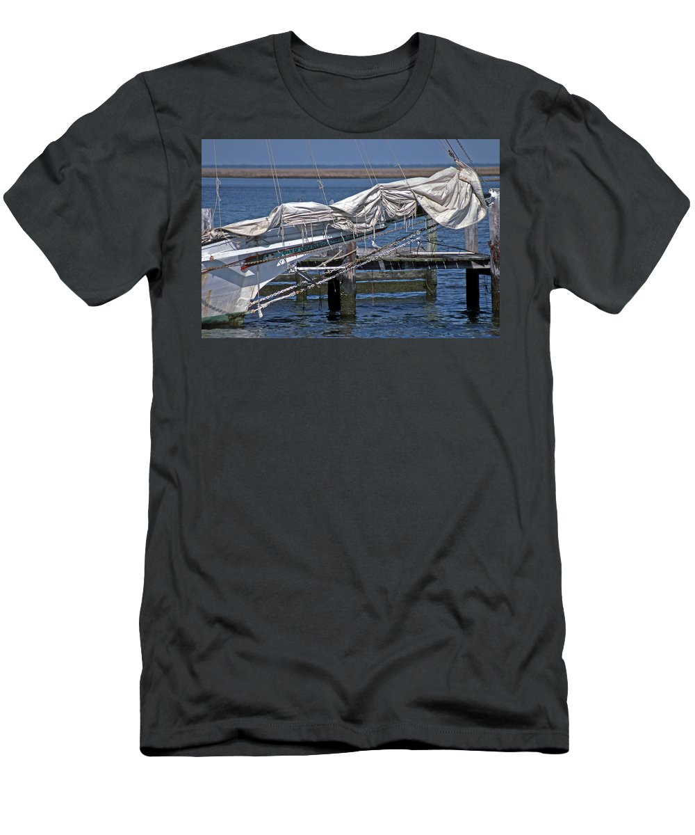 Crisfield Men's T-Shirt (Athletic Fit) featuring the photograph City Of Crisfield by Skip Willits