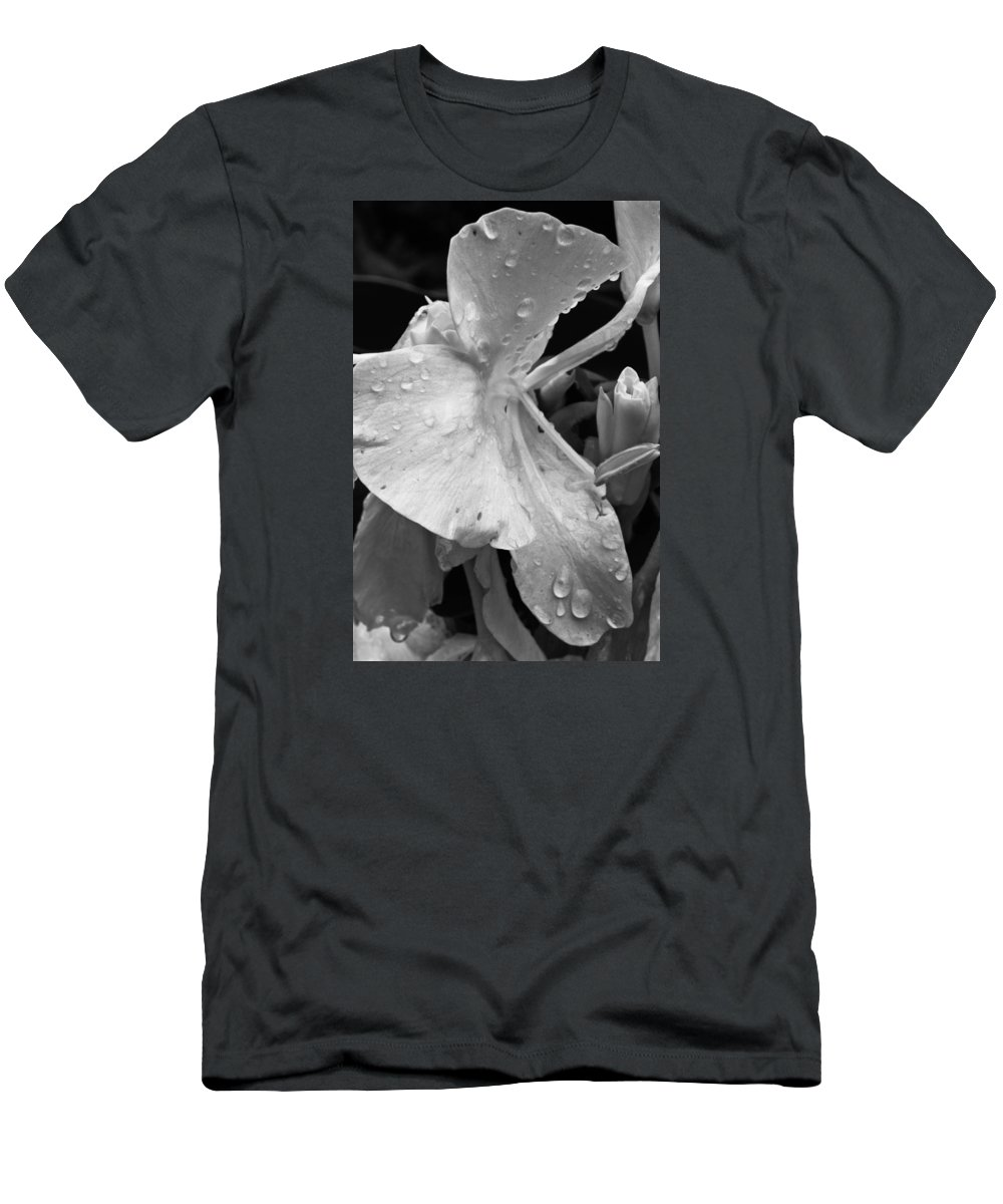 Flower Men's T-Shirt (Athletic Fit) featuring the photograph Classic Beauty by Julie Andel
