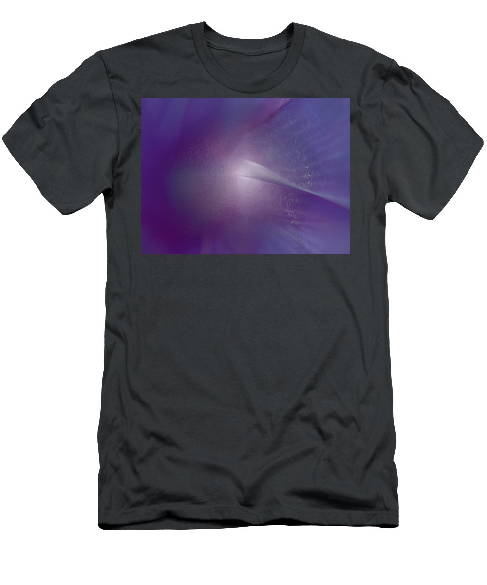 Flower Men's T-Shirt (Athletic Fit) featuring the photograph Comet by Tera Michaels