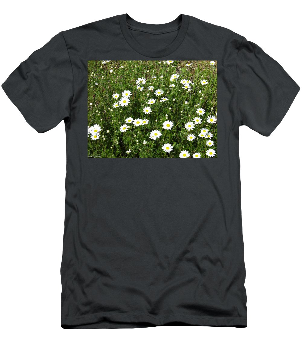 Daisey Men's T-Shirt (Athletic Fit) featuring the photograph Daisey by Nick Kirby