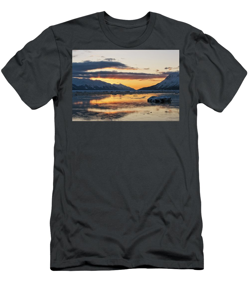 Turnagain Arm Men's T-Shirt (Athletic Fit) featuring the photograph Days End by Ted Raynor