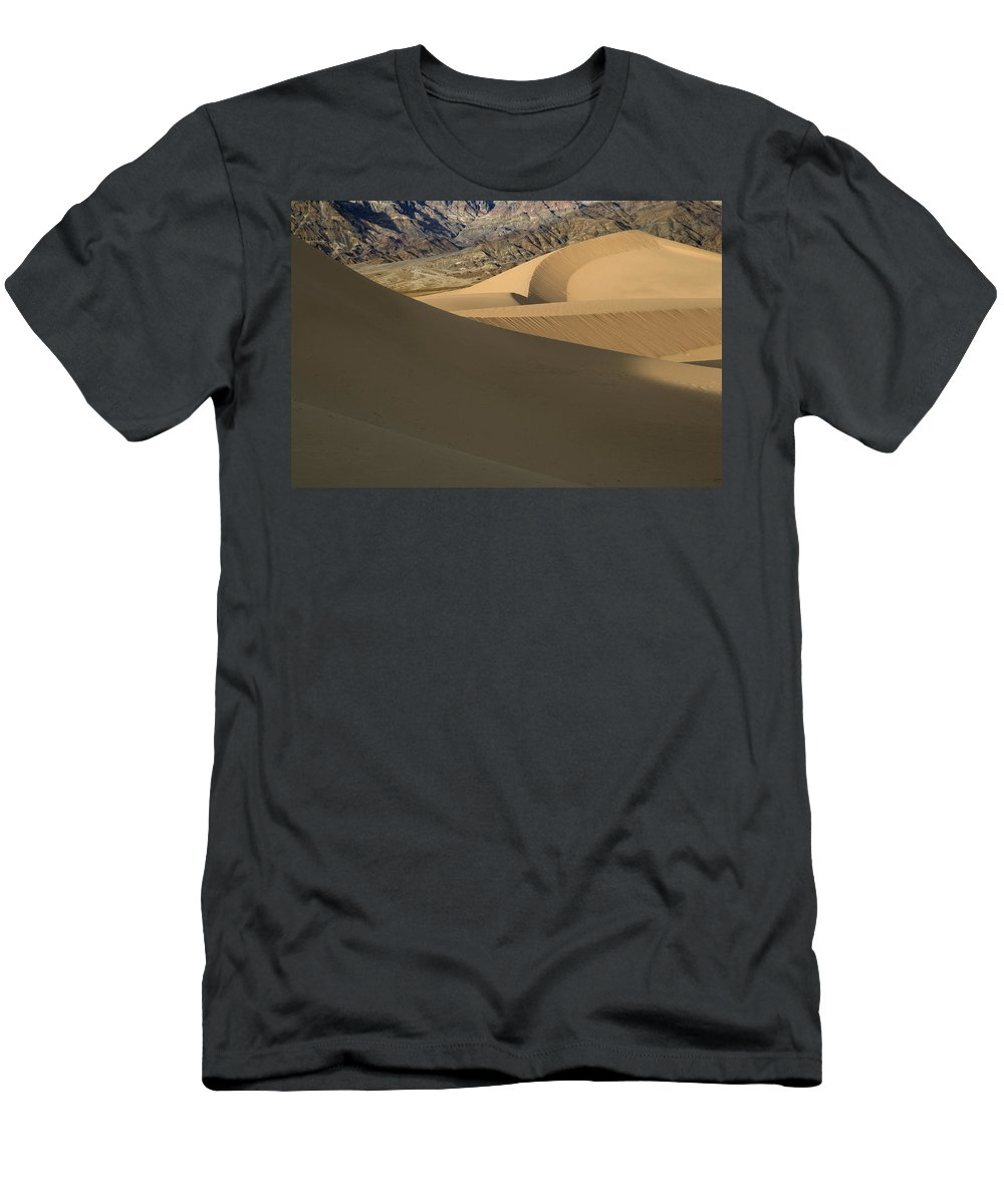 Death Valley Men's T-Shirt (Athletic Fit) featuring the photograph Death Valley Mesquite Flat Sand Dunes Img 0086 by Greg Kluempers