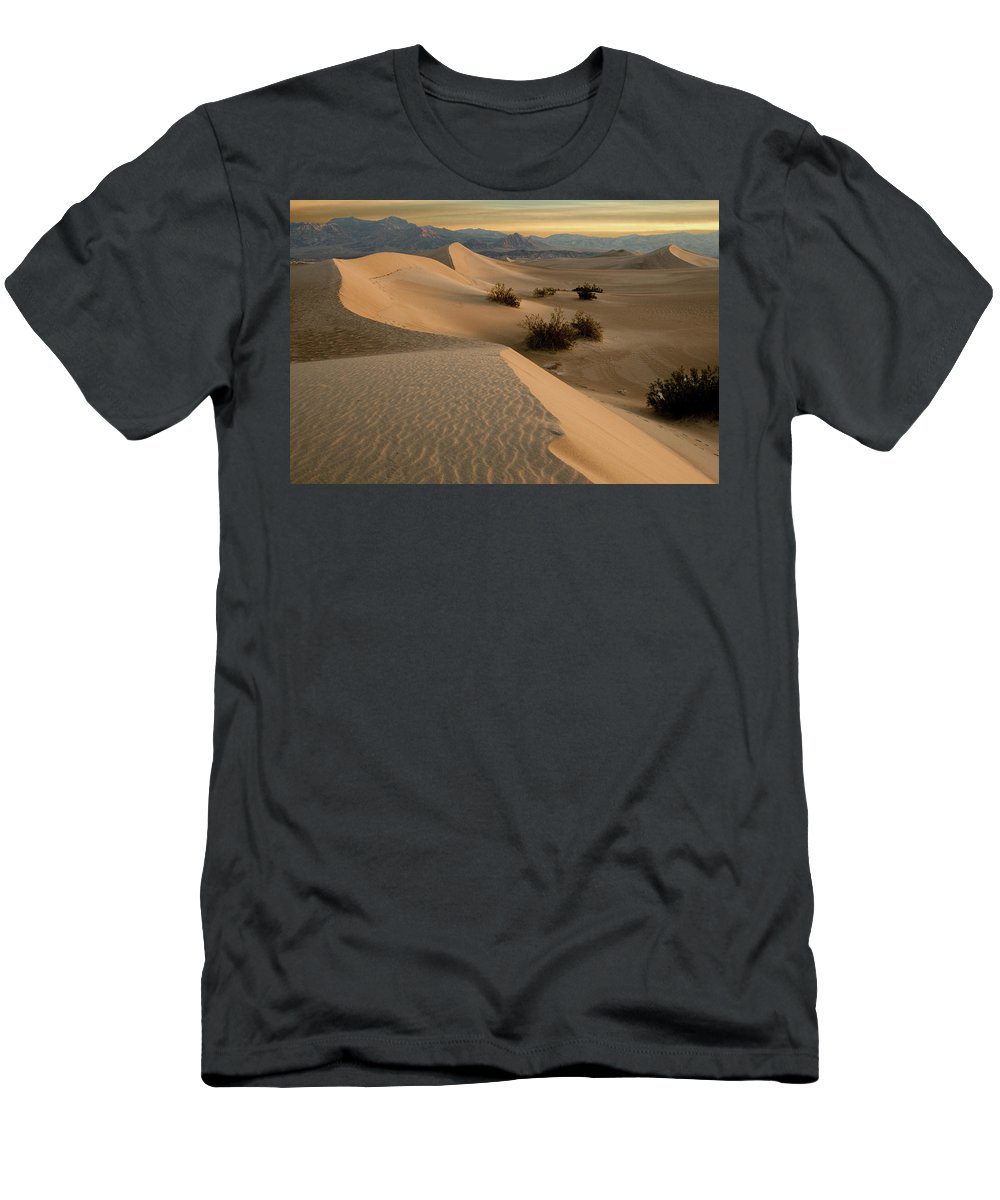 Death Valley Men's T-Shirt (Athletic Fit) featuring the photograph Death Valley Mesquite Flat Sand Dunes Img 0177 by Greg Kluempers