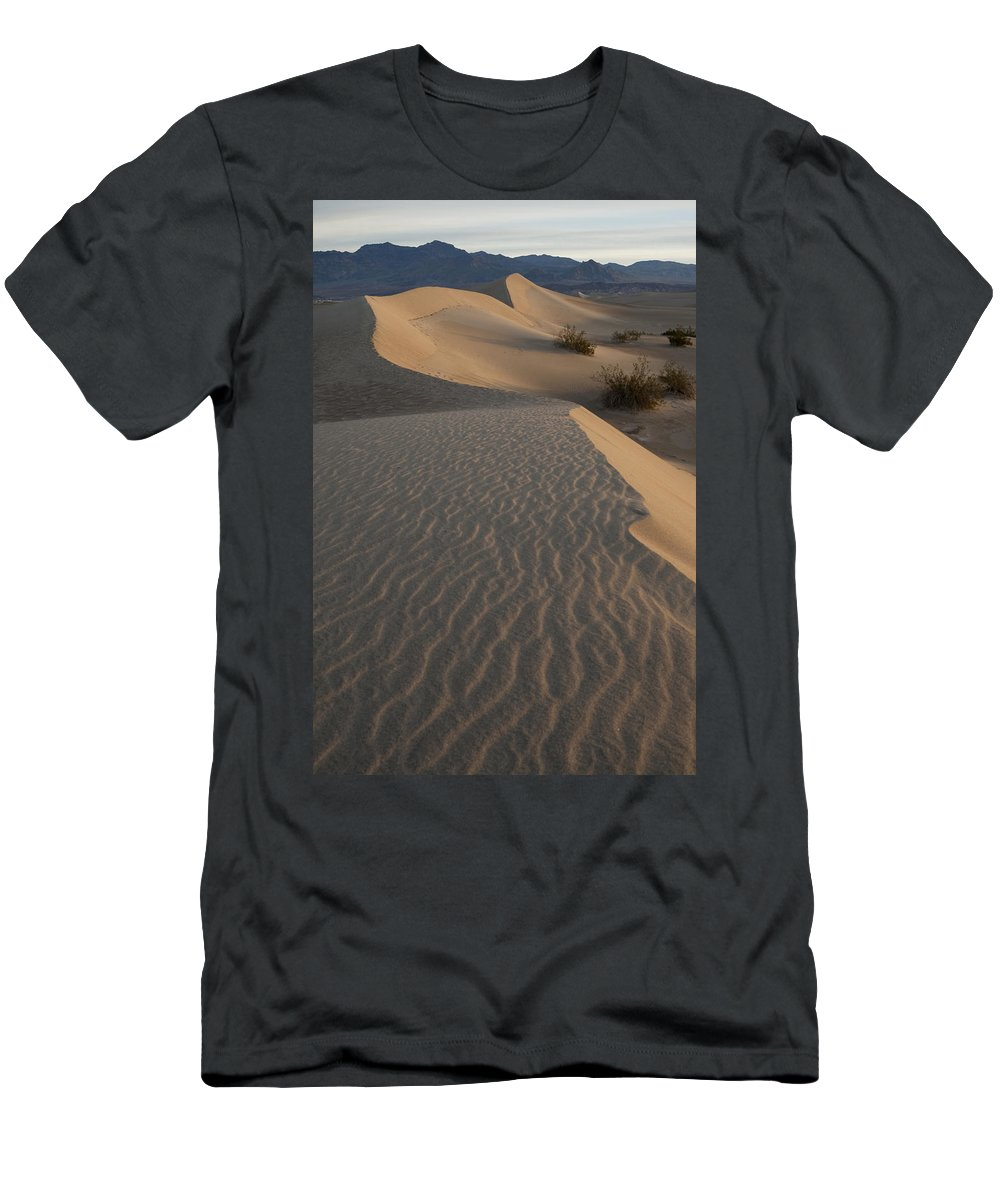 Death Valley Men's T-Shirt (Athletic Fit) featuring the photograph Death Valley Mesquite Flat Sand Dunes Img 0181 by Greg Kluempers
