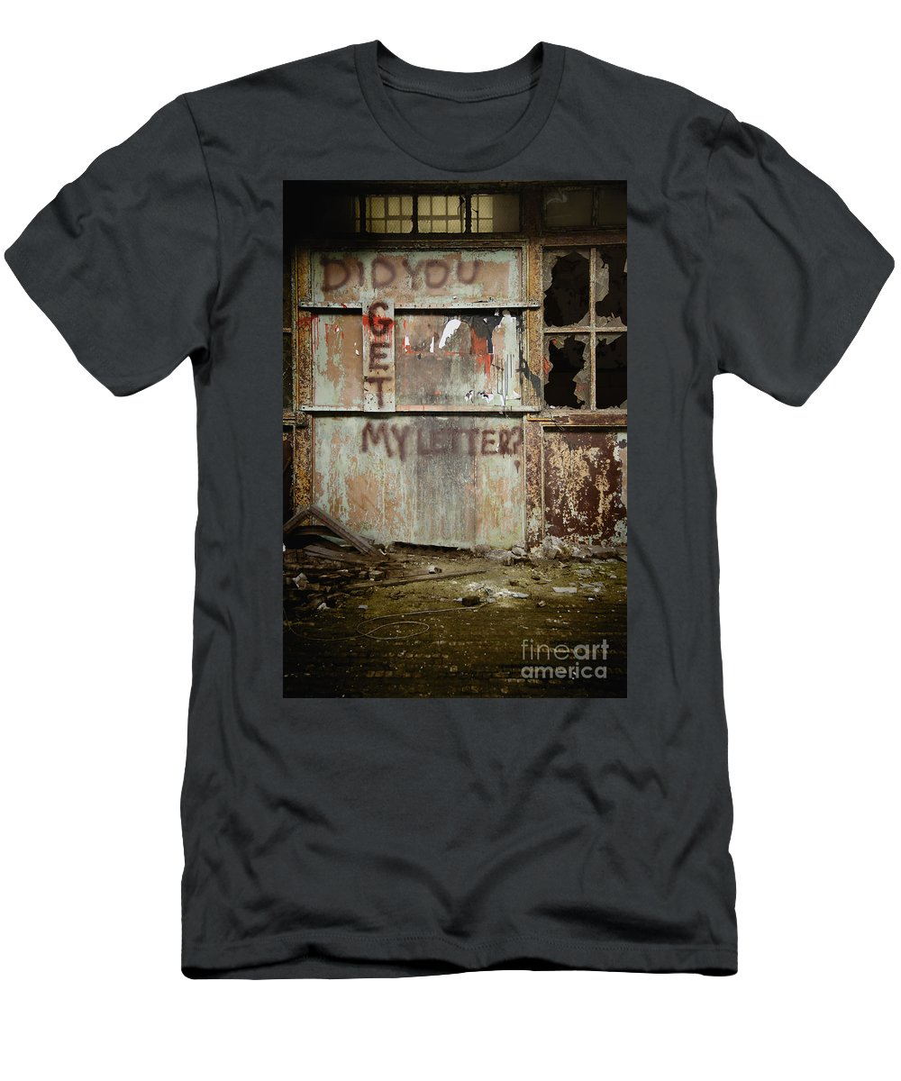 Wall Men's T-Shirt (Athletic Fit) featuring the photograph Did You Get My Letter? by Margie Hurwich