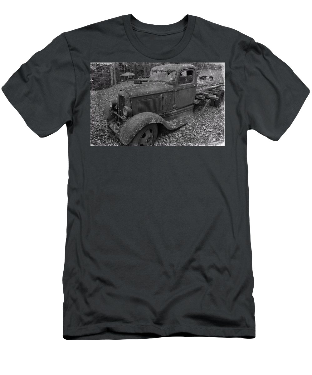 Dodge In The Country Men's T-Shirt (Athletic Fit) featuring the photograph Dodge Tough by Dan Sproul