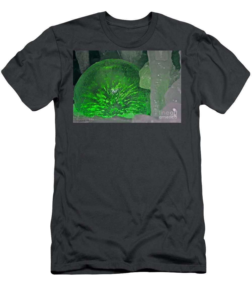 Ice Men's T-Shirt (Athletic Fit) featuring the photograph Electric Green by Susan Herber