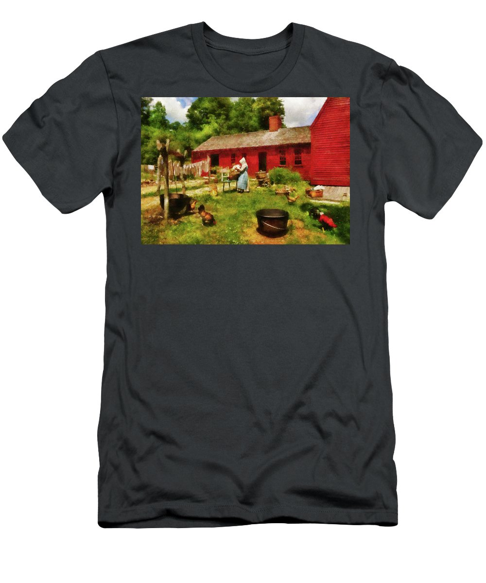 Suburbanscenes Men's T-Shirt (Athletic Fit) featuring the photograph Farm - Laundry - Old School Laundry by Mike Savad