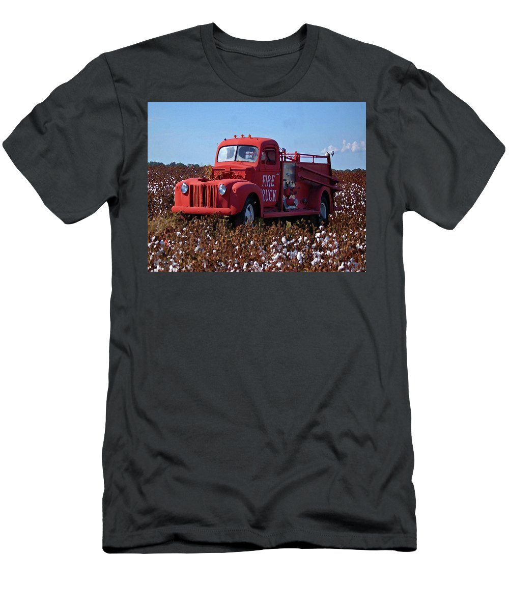 Alabama Photographer Men's T-Shirt (Athletic Fit) featuring the digital art Fire Truck In The Cotton Field by Michael Thomas