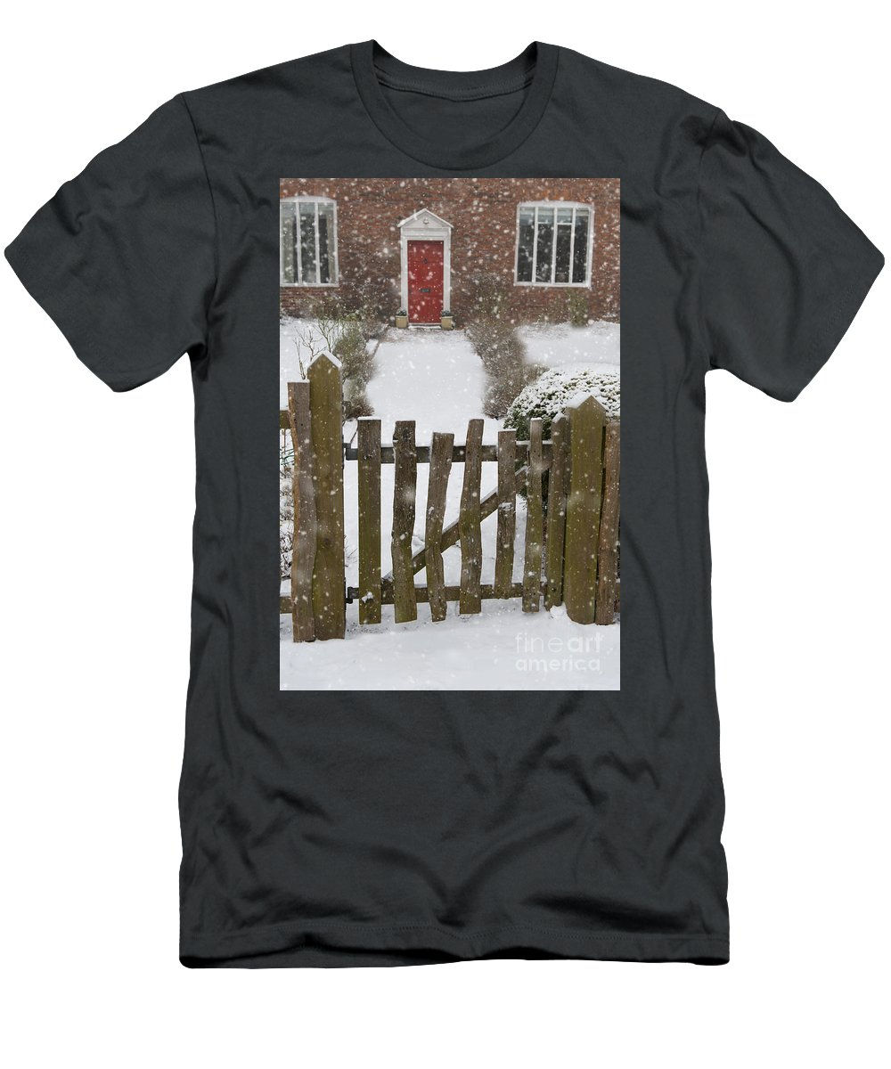 Cottage Men's T-Shirt (Athletic Fit) featuring the photograph Garden Gate In Snow by Lee Avison