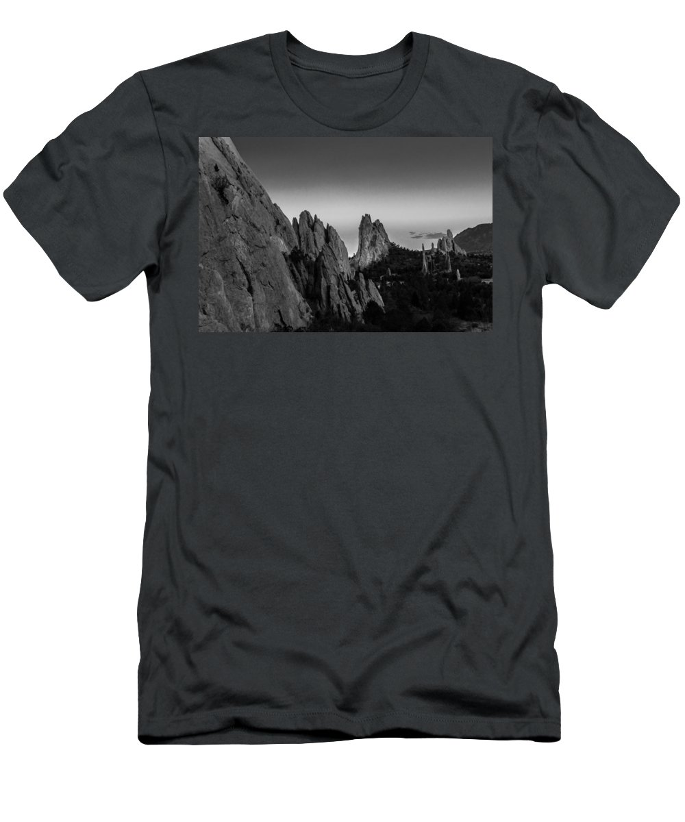 Garden Of The Gods Men's T-Shirt (Athletic Fit) featuring the photograph Garden Of The Gods by Ray Sheley