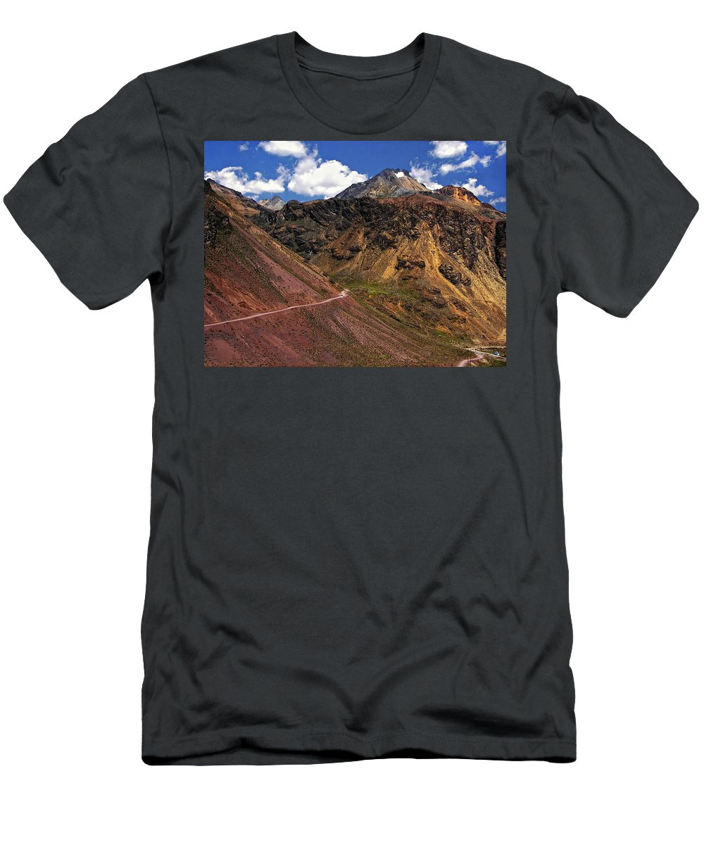 Peru Men's T-Shirt (Athletic Fit) featuring the photograph Gasp by Steve Harrington