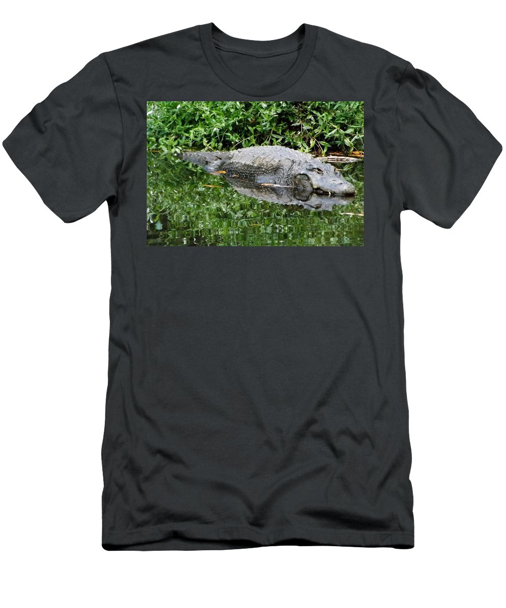 Alligator Men's T-Shirt (Athletic Fit) featuring the photograph Gator by Linda Kerkau