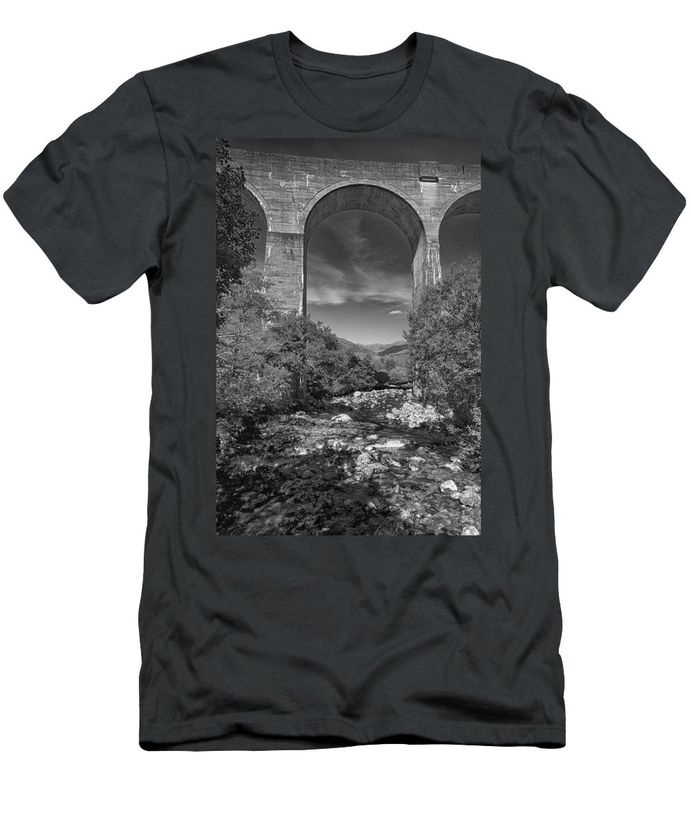 Glenfinnan Men's T-Shirt (Athletic Fit) featuring the photograph Glenfinnan Viaduct by Eunice Gibb