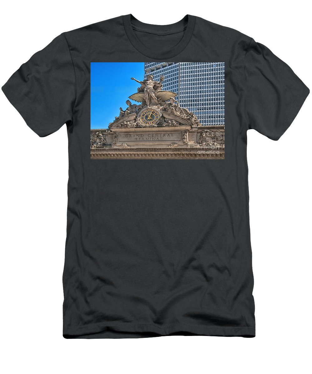 Clock Men's T-Shirt (Athletic Fit) featuring the photograph Glory Of Commerce by Claudia Kuhn