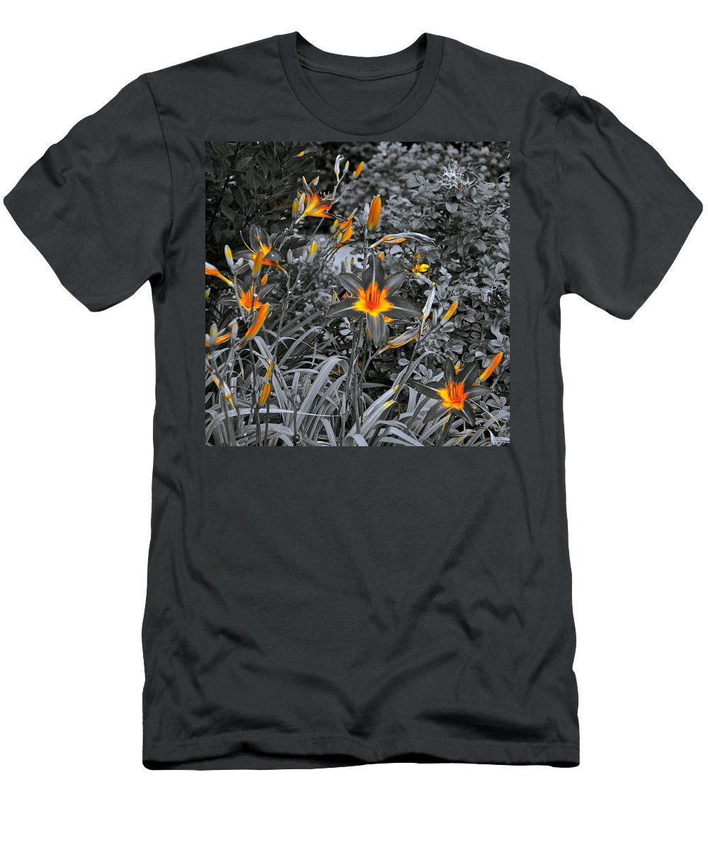 Nature Men's T-Shirt (Athletic Fit) featuring the photograph Golden Invite by Tim G Ross