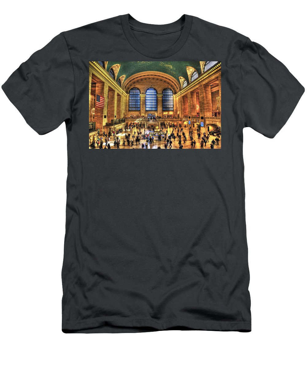 Grand Central Terminal Men's T-Shirt (Athletic Fit) featuring the photograph Grand Central Terminal by Randy Aveille