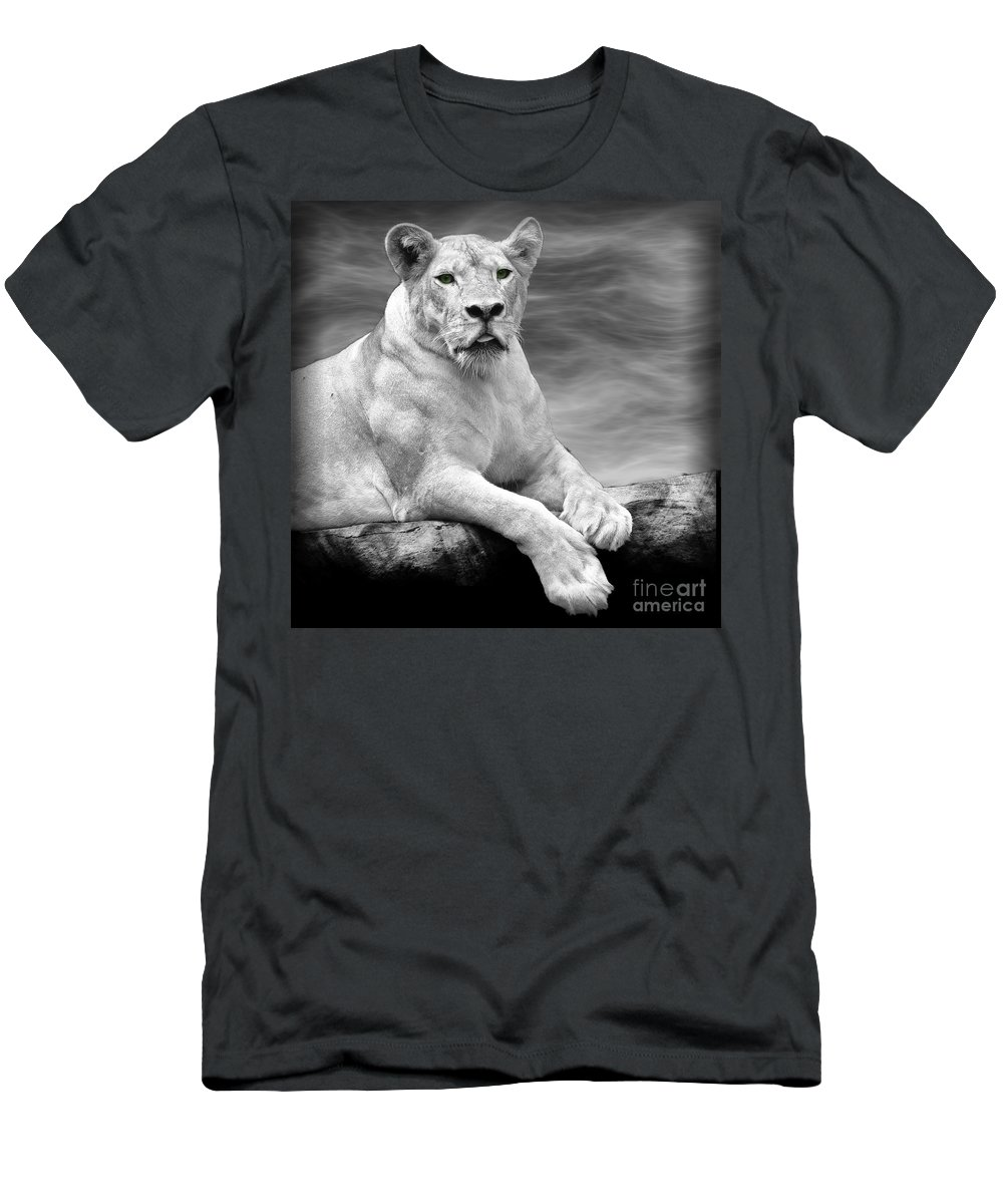 Lioness Men's T-Shirt (Athletic Fit) featuring the photograph Green Eyes by Ben Yassa