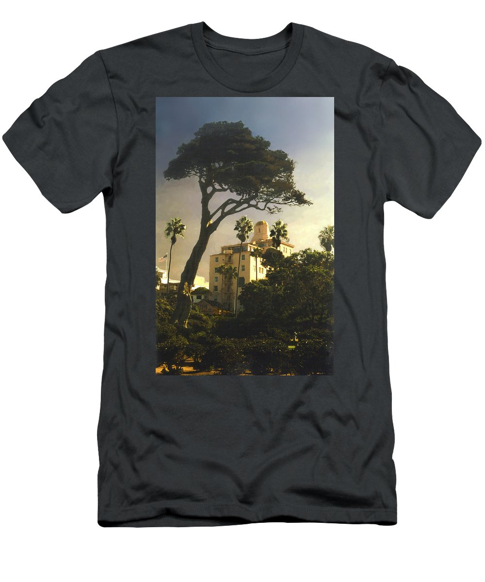 Landscape Men's T-Shirt (Athletic Fit) featuring the photograph Hotel California- La Jolla by Steve Karol