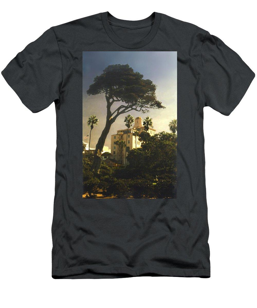 Landscape Men's T-Shirt (Athletic Fit) featuring the photograph Hotel California- La Jolla by Steve Karol
